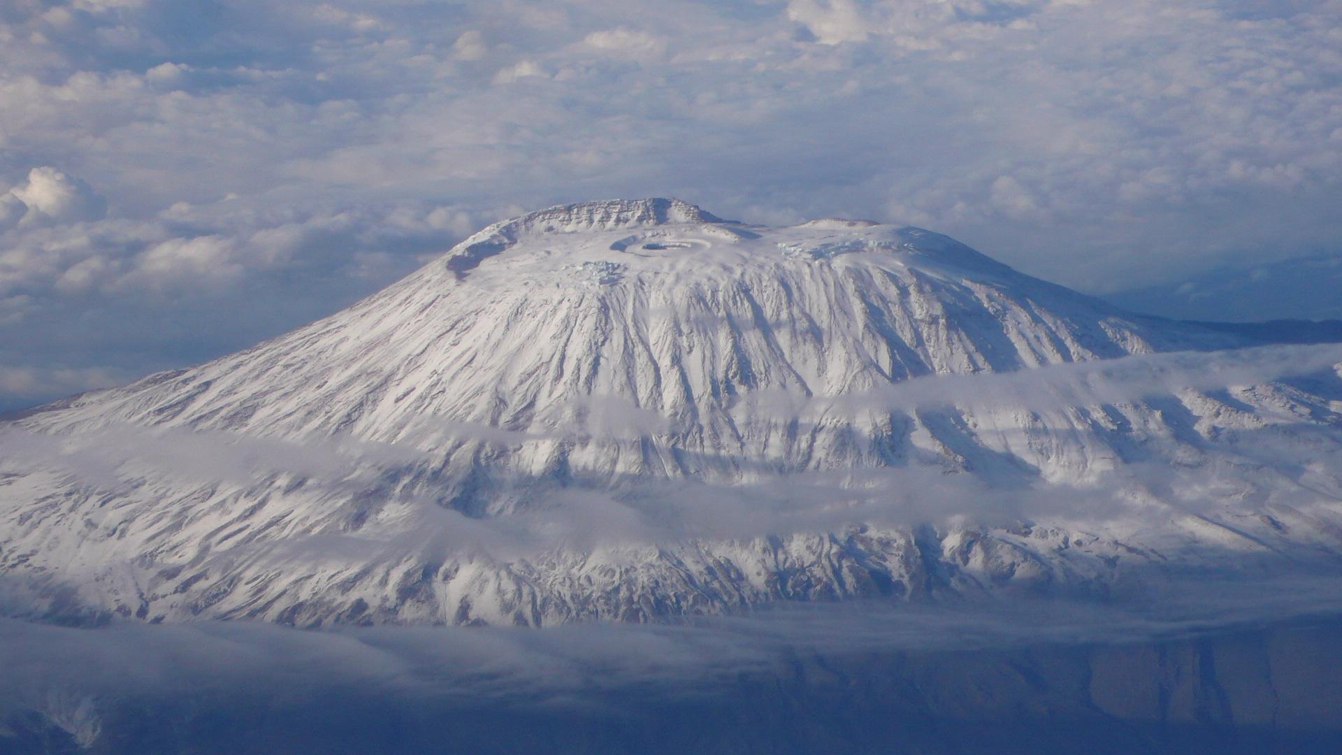 Самый высокий вулкан африки 17 фотография